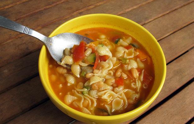 Soupe minestrone italienne
